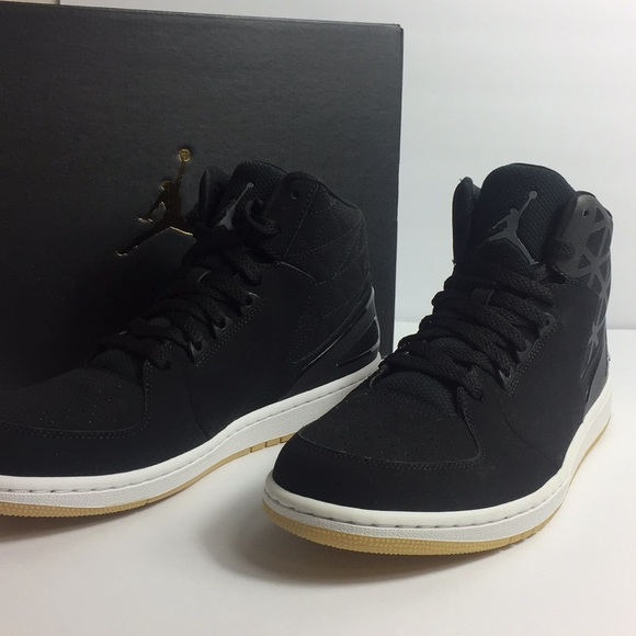 competitive price 048c8 24bd4 Nike Jordan Flight Intense Black NWT
